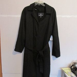 London Fog Vintage Women's Trench Coat Size 12